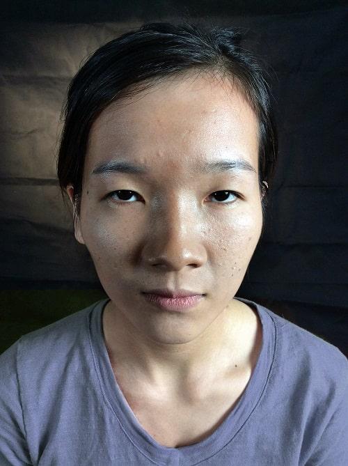 Hà Ny trước khi nâng mũi ở Nghệ An