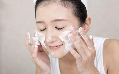 Nâng mũi sau bao lâu thì được rửa mặt? 5 Lưu ý để có Dáng Mũi Đẹp - Hình 4