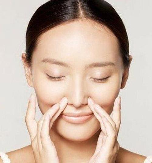 Đừng vuốt mũi cao mà rước họa vào thân – Chia sẻ từ cô gái trẻ 9X - Hình 3